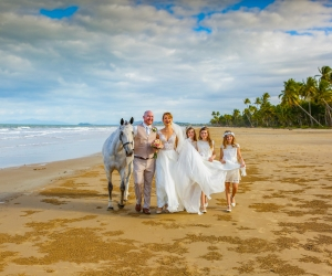 mission-beach-wedding-celebrant-3
