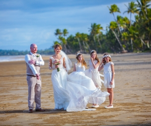 mission-beach-wedding-celebrant-4