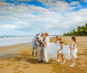 mission-beach-wedding-celebrant-5